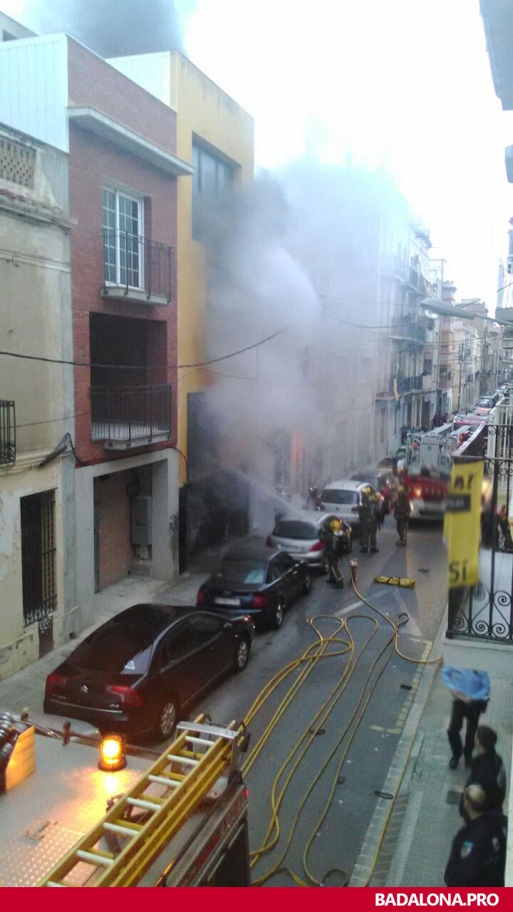 incendio-badalona-26042015-sant-isidre-4