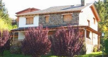 Pisos-casas.com Agencia Inmobiliaria en Badalona - logotipo